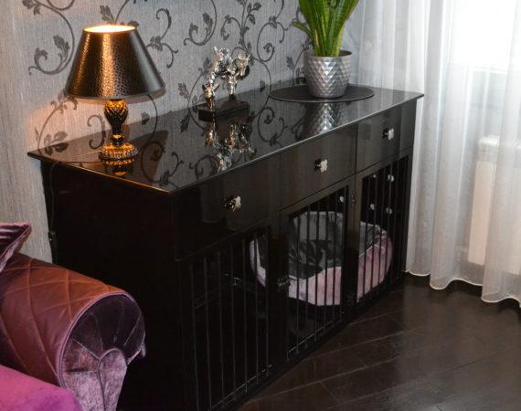 Чёрная клетка для собаки