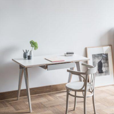 стол из фанеры