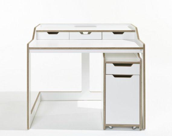 Стол из ламинированной фанеры Works