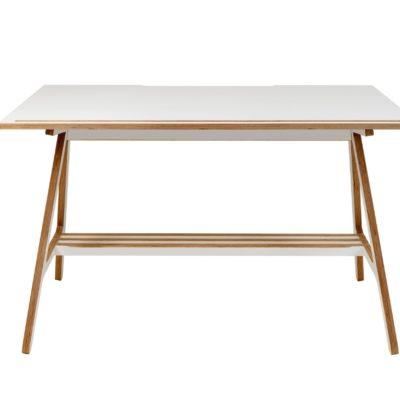 рабочий стол из фанеры