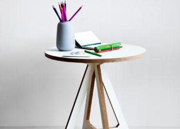 Стол из ламинированной фанеры Round